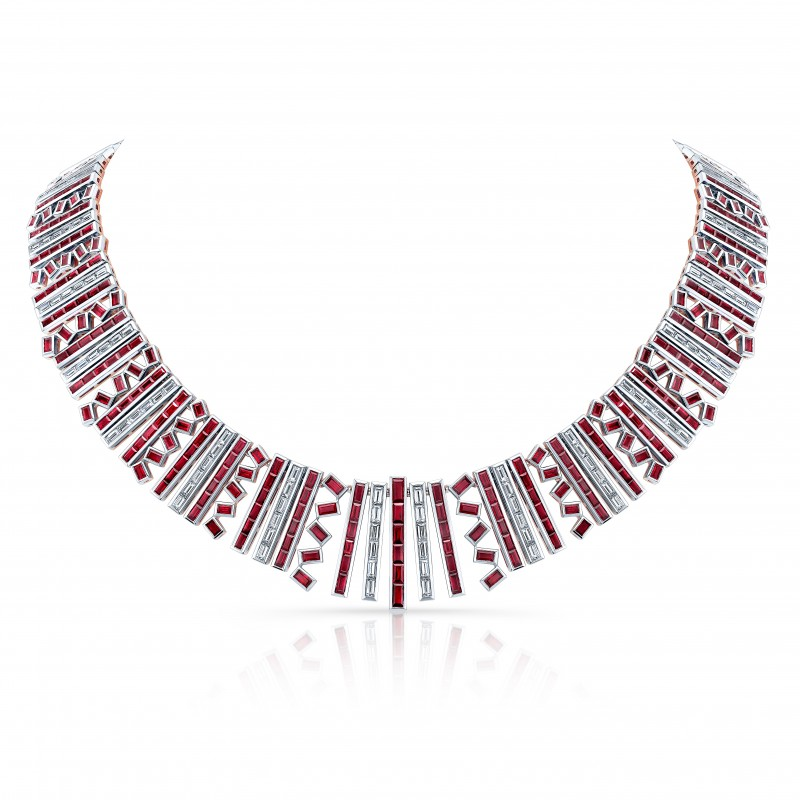 An Exquisite Burma Ruby and Diamond Necklace in 18K White Gold and Rose Gold