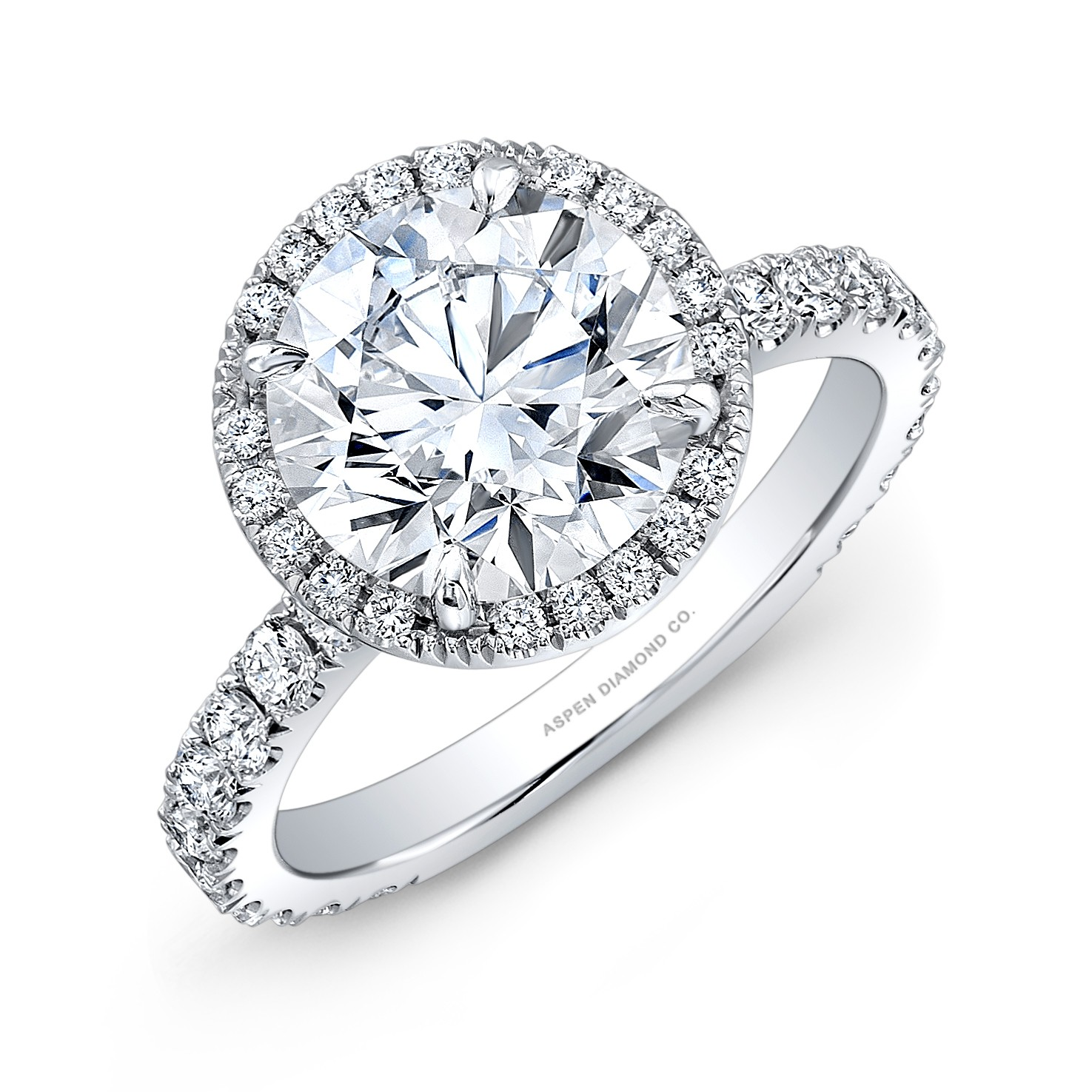 Round Brilliant Diamond Halo Engagement Ring in Platinum
