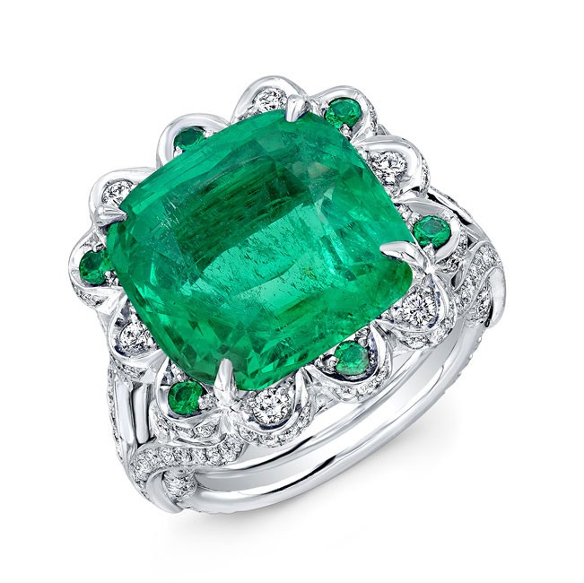 Cushion Cut Emerald Diamond Ring in 18K White Gold