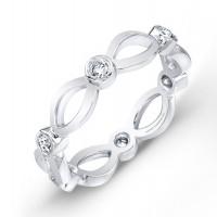 Round Brilliant Diamond Wedding Band in Platinum