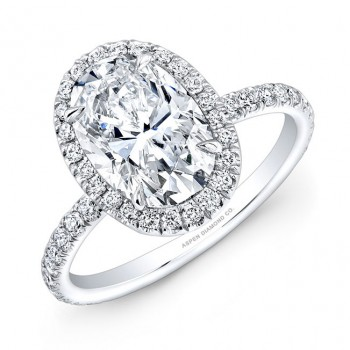 Oval Shape Diamond Halo Engagement Ring in Platinum